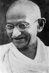 Was Gandhi uns über Führung lehren kann